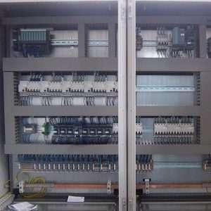 Ricerchiamo per azienda in provincia di Como Elettricisti Senior/Junior, tubista Piping e Saldatore Tig-Elettrodo.